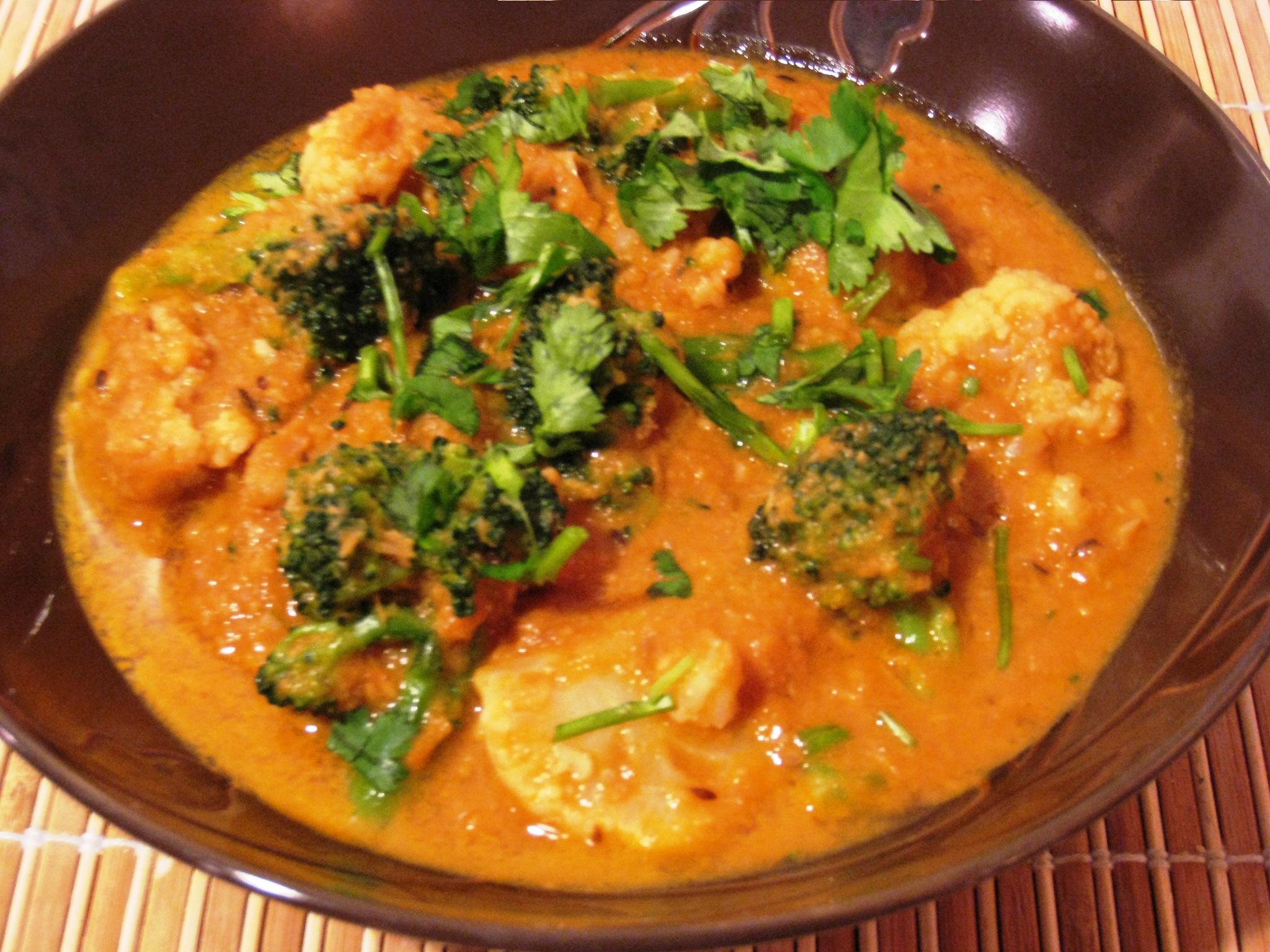 Broccoli-Cauliflower Gravy | vegrecipes4u.com