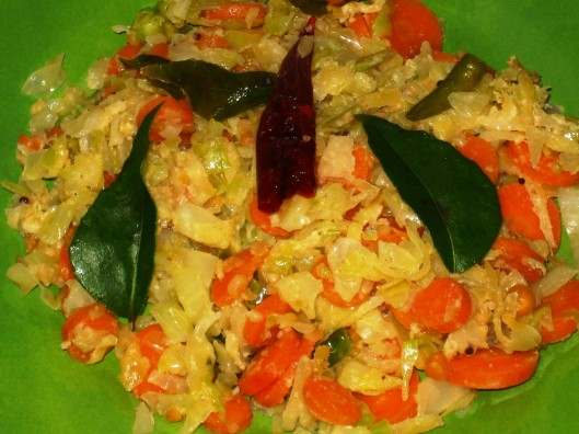 cabbage-carrot-mango curry