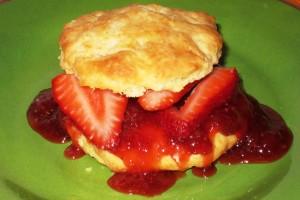 Eggless Strawberry Shortcake