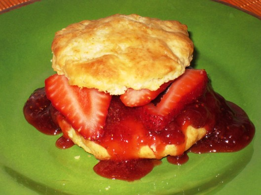 eggless-strawberry shortcake