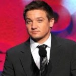Jeremy Renner Secretly Marries Sonni Pacheco