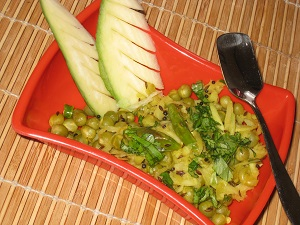 Spicy Peas with Mango