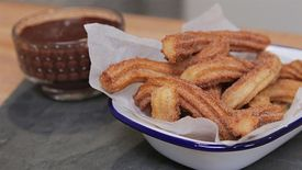 How to Make Churros with Dark Chocolate Sauce
