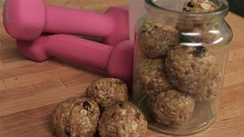 We Heart Food: Cranberry and Pecan Energy Bites