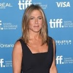 Jennifer Aniston Finds the Silver Lining after Her Oscars Snub
