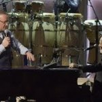 Kevin Spacey Performs 'Piano Man' with Billy Joel