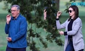 Robert De Niro Becomes Anne Hathaway's Intern